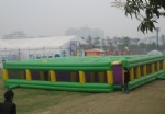 Large inflatable labyrinth for amusement party rental